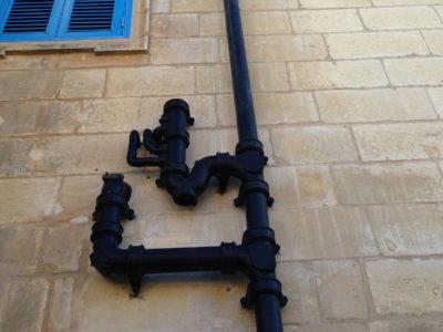 Dranaige pipes installation